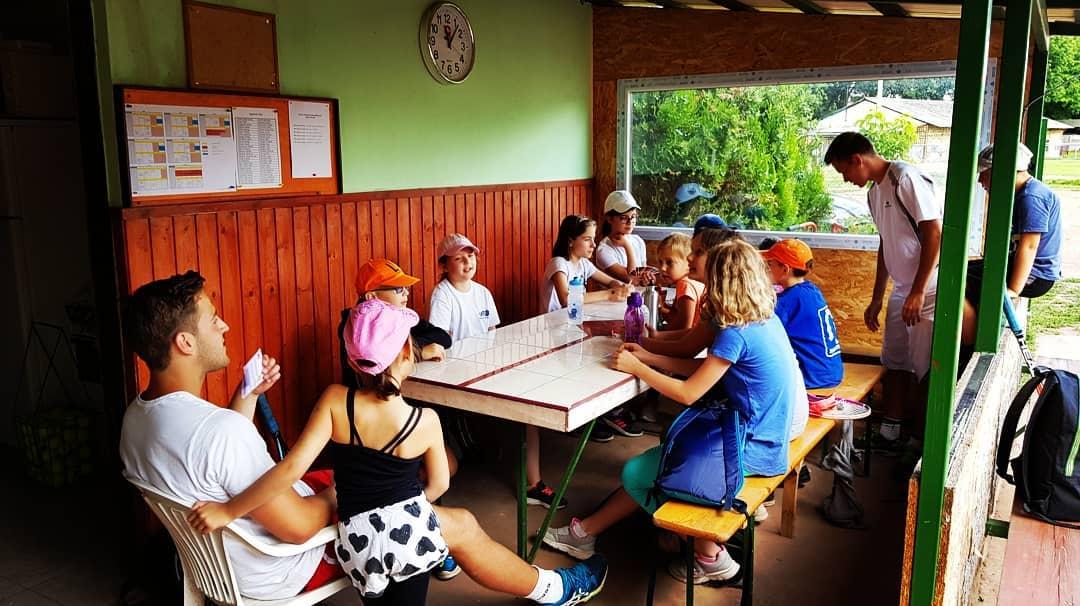 future-tennis-team-klubelet (1)